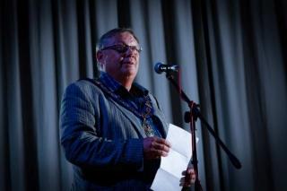councillor nigel shepherd opens amersham got talent 2017